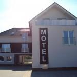 Motel bez 5 predok 2